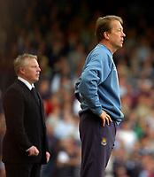 Photo: Ed Godden/Sportsbeat Images.<br /> West Ham United v Bolton Wanderers. The Barclays Premiership. 05/05/2007. West Ham Manager Alan Curbishley.