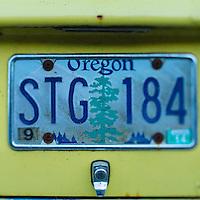 Old Oregon license plateOR