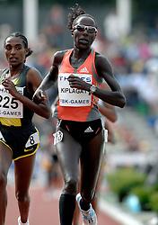 26-05-2007 ATLETIEK: THALES FBK GAMES: HENGELO<br /> Lornah Kiplagat loopt een SB op de 5000 meter in 15.06.51 <br /> ©2007-WWW.FOTOHOOGENDOORN.NL *** Local Caption *** CHAATSEN:WORLDCUP:HEERENVEEN:12JANUARI2002