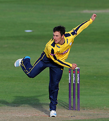 Hampshire's Will Smith- Photo mandatory by-line: Harry Trump/JMP - Mobile: 07966 386802 - 05/06/15 - SPORT - CRICKET - Somerset v Hampshire - The County Ground, Taunton, England.