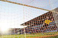 ÅLESUND 20100903: Norges Mohammed Fellah setter inn 1-3 på et frispark under U-21 landskampen i fotball mellom Norge og Kypros på Color Line Stadion i Ålesund fredag kveld. Foto: Svein Ove Ekornesvåg