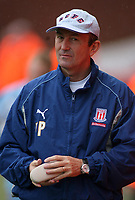 Photo: Paul Thomas.<br /> Stoke City v Norwich City. Coca Cola Championship. 28/10/2006.<br /> <br /> Tony Pulis, Stoke manager.