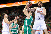 DESCRIZIONE : Kaunas Lithuania Lituania Eurobasket Men 2011 Quarter Final Round Spagna Slovenia Spain Slovenia<br /> GIOCATORE : Goran Dragic Marc Gasol<br /> CATEGORIA : penetrazione  penetrazione stoppata<br /> SQUADRA : Slovenia<br /> EVENTO : Eurobasket Men 2011<br /> GARA : Spagna Slovenia Spain Slovenia<br /> DATA : 14/09/2011<br /> SPORT : Pallacanestro <br /> AUTORE : Agenzia Ciamillo-Castoria/L.Kulbis<br /> Galleria : Eurobasket Men 2011<br /> Fotonotizia : Kaunas Lithuania Lituania Eurobasket Men 2011 Quarter Final Round Spagna Slovenia Spain Slovenia<br /> Predefinita :
