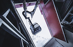THEMENBILD - die neue Seilbahn am Sonnblick Observatorium, aufgenommen am 20. November 2018, Rauris, Österreich // the new Cable Car at the Observatory Sonnblick on 2018/11/20, Rauris, Austria. EXPA Pictures © 2018, PhotoCredit: EXPA/ JFK