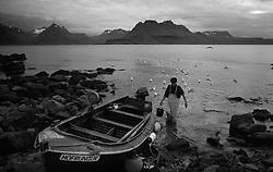 Fisherman at Gjogur, west Iceland - Trillsujómaður á Gjögri á Ströndum