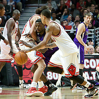 21 December 2009: Sacramento Kings guard Tyreke Evans is stopped by a screen set by Chicago Bulls center Joakim Noah during the Sacramento Kings 102-98 victory over the Chicago Bulls at the United Center, in Chicago, Illinois, USA.