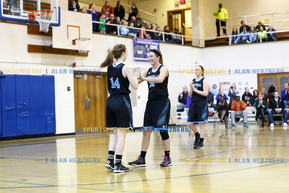 Brookfield Central @ Milwaukee King<br /> February 28, 2015