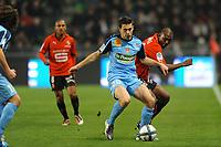 FOOTBALL - FRENCH CHAMPIONSHIP 2010/2011 - L1 - STADE RENNAIS v STADE BRESTOIS - 20/11/2010 - PHOTO PASCAL ALLEE / DPPI - ROMAIN POYET (BREST) / KEVIN THEOPHILE CATHERINE (RENNES)