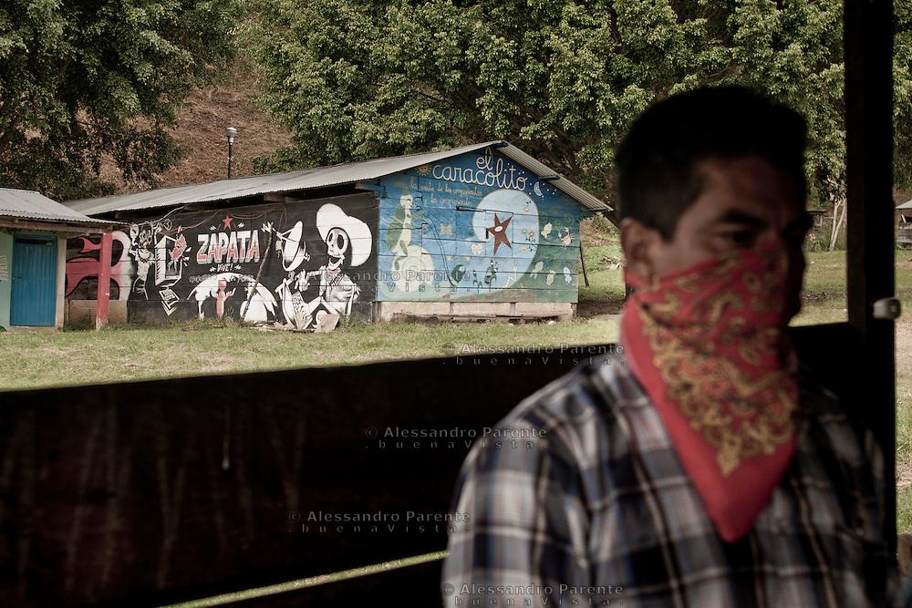 Zapata lives, the unique graffiti of Banksy in Mexico.