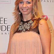 NLD/Amsterdam/20110929 - Inloop Estee Lauder Pink Ribbon Award Gala 2011 in de Beurs van Berlage, Pauline de Wilde