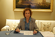 062121 Queen Sofia attends Videoconference with the Cien Foundation on the occasion of World ALS Day