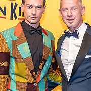 NLD/Scheveningen/20161030 - Premiere musical The Lion King, Onno Hoes en partner Jaspret ( Jazz ) Oltmans