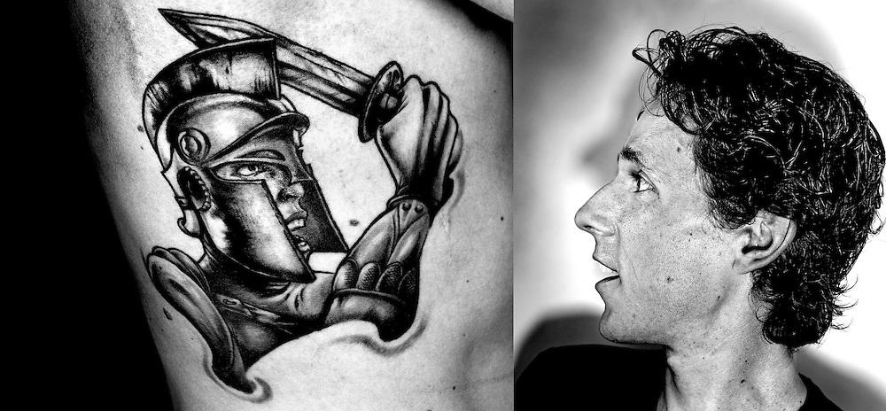 Nederland, Liempt, 20-06-2013.<br /> Koen de Kort, wielrenner, met zijn tattoo.<br /> Foto : Klaas Jan van der Weij