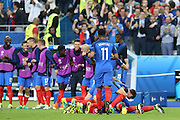 SAINT-DENIS, FRANCE, 10.06.2016 - FRANCE-ROMANIA - Players of France celebrates goal from Olivier Giroud on Romania, in a match valid for the 1st round of Group A of Euro 2016 in the Stade de France in Saint-Denis, this Friday (10).