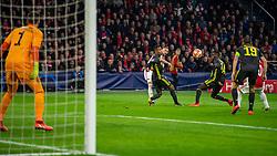 10-04-2019 NED: Champions League AFC Ajax - Juventus,  Amsterdam<br /> Round of 8, 1st leg / Ajax plays the first match 1-1 against Juventus during the UEFA Champions League first leg quarter-final football match / Hakim Ziyech #22 of Ajax, Blaise Matuidi #14 of Juventus