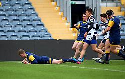Noah Heward (Solihull School) of Worcester Warriors Under 18s scores a try - Mandatory by-line: Robbie Stephenson/JMP - 14/01/2018 - RUGBY - Sixways Stadium - Worcester, England - Worcester Warriors Under 18s v Yorkshire Carnegie Under 18s - Premiership Rugby U18 Academy