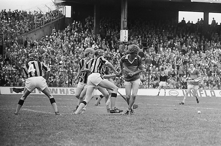 The slitor falls in the middle of the goalmouth as players rush to grab it during the All Ireland Minor Hurling Final, Tipperary v Kilkenny in Croke Park on the 5th September 1976.