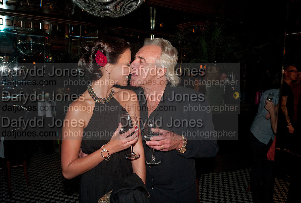 BELLA WRIGHT; PETER STRINGFELLOW; , launch of Adee Phelan's Fabulous Haircare Range, Frankie's Italian Bar and Grill, 3 Yeomans Row, off Brompton Road, London SW3, 7pm *** Local Caption *** -DO NOT ARCHIVE-© Copyright Photograph by Dafydd Jones. 248 Clapham Rd. London SW9 0PZ. Tel 0207 820 0771. www.dafjones.com.<br /> BELLA WRIGHT; PETER STRINGFELLOW; , launch of Adee Phelan's Fabulous Haircare Range, Frankie's Italian Bar and Grill, 3 Yeomans Row, off Brompton Road, London SW3, 7pm