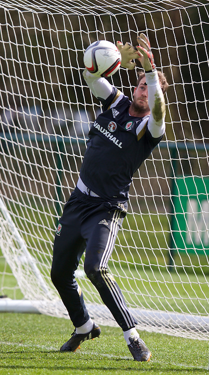 CARDIFF, WALES - Wednesday, March 25, 2015: Wales' goalkeeper Owain Fon Williams during a training session at the Vale of Glamorgan ahead of the UEFA Euro 2016 qualifying Group B match against Israel. (Pic by David Rawcliffe/Propaganda)