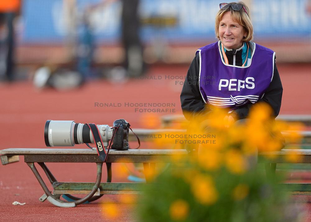 31-07-2015 NED: Asics NK Atletiek, Amsterdam<br /> Nk outdoor atletiek in het Olympische stadion Amsterdam /  Neeke, pers media fotograaf