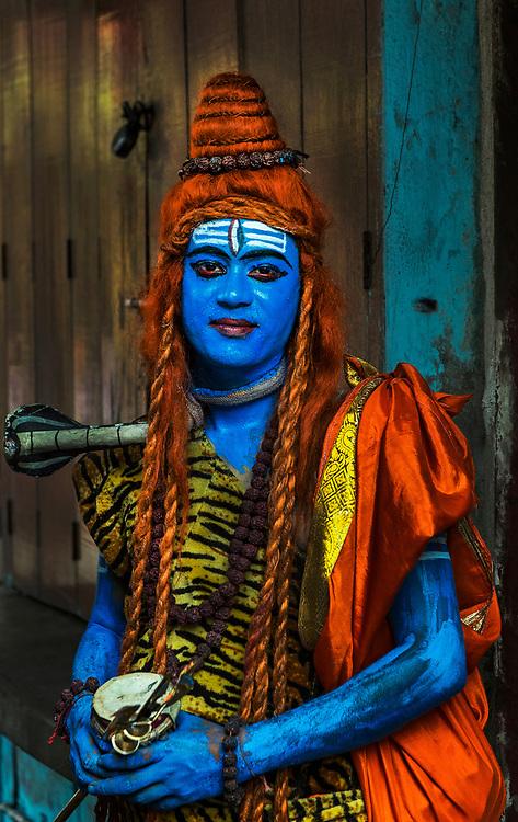 Actor dressed as Shiva, Kumartuli, Calcutta