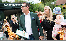 """27.06.2017, Tiergarten Schönbrunn, Wien, AUT, Übernahme Giraffen Patenschaft im Tiergarten Schönburnn durch FPÖ Bundesobmann Strache mit Frau Philippa. im Bild Klubobmann FPÖ Heinz-Christian Strache mit seiner Frau Philippa und Kindern // Leader of the austrian right wing party FPOe Heinz Christian Strache and his wife Philippa taking a sponsorship for giraffes at the zoo vienna """"Schoenbrunn"""" in Vienna, Austria on 2017/06/27. EXPA Pictures © 2017, PhotoCredit: EXPA/ Michael Gruber"""