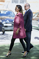October 4, 2018 - Madrid, Madrid, Spain - Queen Letizia of Spain seen posing for a picture during the World Red cross Day at the Red Cross Headquarters. (Credit Image: © Legan P. Mace/SOPA Images via ZUMA Wire)