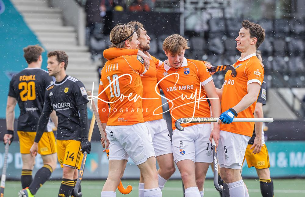AMSTELVEEN - Vreugde bij Jorrit Croon (Bldaal) , Florian Fuchs (Bldaal) , Casper van der Veen (Bldaal) en Tim Swaen (Bldaal) na de Euro Hockey League finale mannen, Atletic Terrassa (Sp) - HC Bloemendaal (2-5).  .COPYRIGHT KOEN SUYK