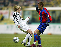 BOLOGNA, 22/02/2004<br />PARTITA DI SERIE A BOLOGNA-JUVENTUS 0-1<br />Pavel Nedved (Juventus) and Hidetoshi Nakata (Bologna)<br />FOTO CARLO BARONCINI/GRAFFITI