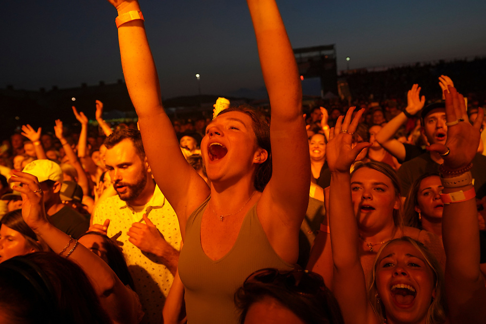 Fans cheer as Sam Hunt performs Aug. 8, 2021, during Musikfest in Bethlehem, Pennsylvania.