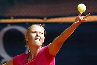 Tennis<br /> Foto: imago/Digitalsport<br /> NORWAY ONLY<br /> <br /> 02.05.2005<br /> <br /> Maria Sharapova - Russland