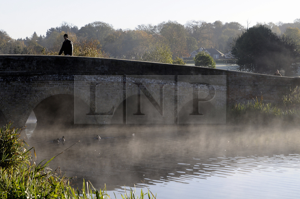 © Licensed to London News Pictures. 06/11/2014<br /> Freezing cold weather and a cold mist over the River Cray this morning at Foots Cray Meadows,Sidcup,Kent.<br /> (Byline:Grant Falvey/LNP)