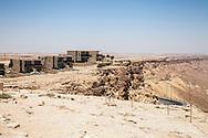 Israele, Hotel Beresheet situato ai bordi del cratere di Ramon. Il Mitzpe Ramon città del sud nel deserto del Negev. Beresheet hotel located on the edge of the Ramon Crater,Israel, Mitzpe Ramon The southern city in the Negev desert.