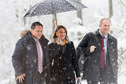 10.01.2019, Hotel Schlosspark, Mauerbach, AUT, Bundesregierung, Eintreffen der Regierungsmitglieder zur Regierungsklausur 2019, im Bild Staatssekretärin im Innenministerium Karoline Edtstadler (ÖVP) // Austrian State Secretary of the Interior Ministry Karoline Edstadler during convention of the Austrian government at Mauerbach in Lower Austria, Austria on 2019/01/10 EXPA Pictures © 2019, PhotoCredit: EXPA/ Michael Gruber