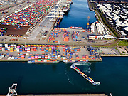 Nederland, Zuid-Holland, Rotterdam, 14-09-2019; Tweede Maasvlakte (MV2),  Hartelhaven (voorgrond), Amazonehaven, met ECT Delta Terminal(containers). EMO (overslag droge bulk, zoals erts en kolen). <br /> Second Maasvlakte (MV2), Maasvlakte Plaza. Amazonehaven, with ECT Delta Terminal (containers) and Mississippihaven with EMO (transshipment of dry bulk, such as ore and coal).<br /> <br /> luchtfoto (toeslag op standard tarieven);<br /> aerial photo (additional fee required);<br /> copyright foto/photo Siebe Swart