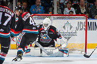 KELOWNA, CANADA - SEPTEMBER 28: Michael Herringer #30 of Kelowna Rockets defends the net against the Prince George Cougars on September 28, 2016 at Prospera Place in Kelowna, British Columbia, Canada.  (Photo by Marissa Baecker/Shoot the Breeze)  *** Local Caption *** Michael Herringer;