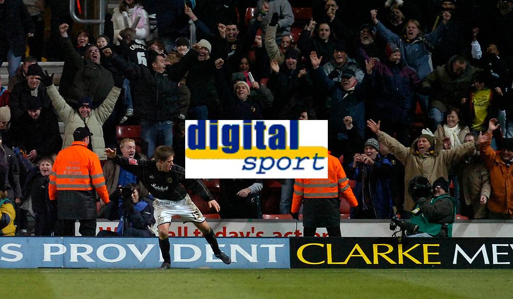Photo: Alan Crowhurst.<br />Southampton v Milton Keynes Dons. The FA Cup.<br />07/01/2006. <br />Gareth Edds celebrates his goal for the Dons.