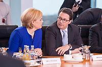 14 MAR 2018, BERLIN/GERMANY:<br /> Julia Kloeckner (L), MdB, CDU, Bundesministerin fuer Ernaehrung und Landwirtschaft, und Andreas Scheuer (R), MdB, CSU, Bundesminister fuer Verkehr und digitale Infrastruktur, vor Beginn der ersten Sitzung des Kabinetts Merkel IV, Kabinettsaal, Bundeskanzleramt<br /> IMAGE: 20180314-02-016<br /> KEYWORDS: Julia Klöckner, Kabinett, Kabinettsitzung, Sitzung,, neues Kabinett