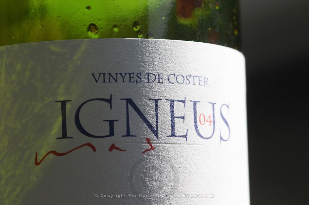 Label detail. Mas Igneus, Gratallops, Priorato, Catalonia, Spain.