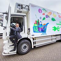 Nederland, Zaandam, 15 mei 2017.<br /> Ingebruikname eerste e-trucks voor Albert Heijn.<br /> De Amsterdamse wethouder Abdeluheb Choho, wethouder Duurzaamheid neemt de eerste van de twee e-trucks in gebruik die Albert Heijn-supermarkten in Amsterdam gaan bevoorraden.<br /> <br /> Foto: Jean-Pierre Jans<br /> <br /> The Netherlands, Zaandam, May 15, 2017. <br /> Commissioning of the first e-trucks for supermarket chain Albert Heijn.<br /> Photo: Jean-Pierre Jans