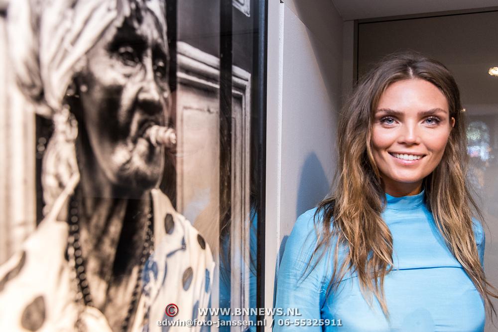 NLD/Amsterdam/20170924 - Opening foto expositie Kim Feenstra 'Trough My Eyes',