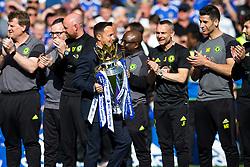 Former Chelsea captain Dennis Wise brings out the Trophy as Chelsea celebrate winning the 2016/17 Premier League - Rogan Thomson/JMP - 21/05/2017 - FOOTBALL - Stamford Bridge - London, England - Chelsea v Sunderland - Premier League..