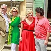 ITA/Lucca /20130521 - Presenttie Cast film De Toscaanse Bruiloft, Ernst Daniel Smid, Simone Kleinsma, Martine Sandifort, Dirk Jan Zeelenberg