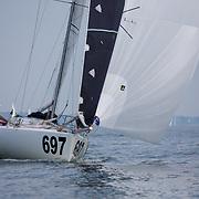 SERIE 697 / Kévin BLOCH