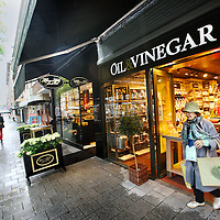 Nederland, Amsterdam , 22 augustus 2014.<br /> Sjieke winkels in de Beethovenstraat.<br /> Foto:Jean-Pierre Jans