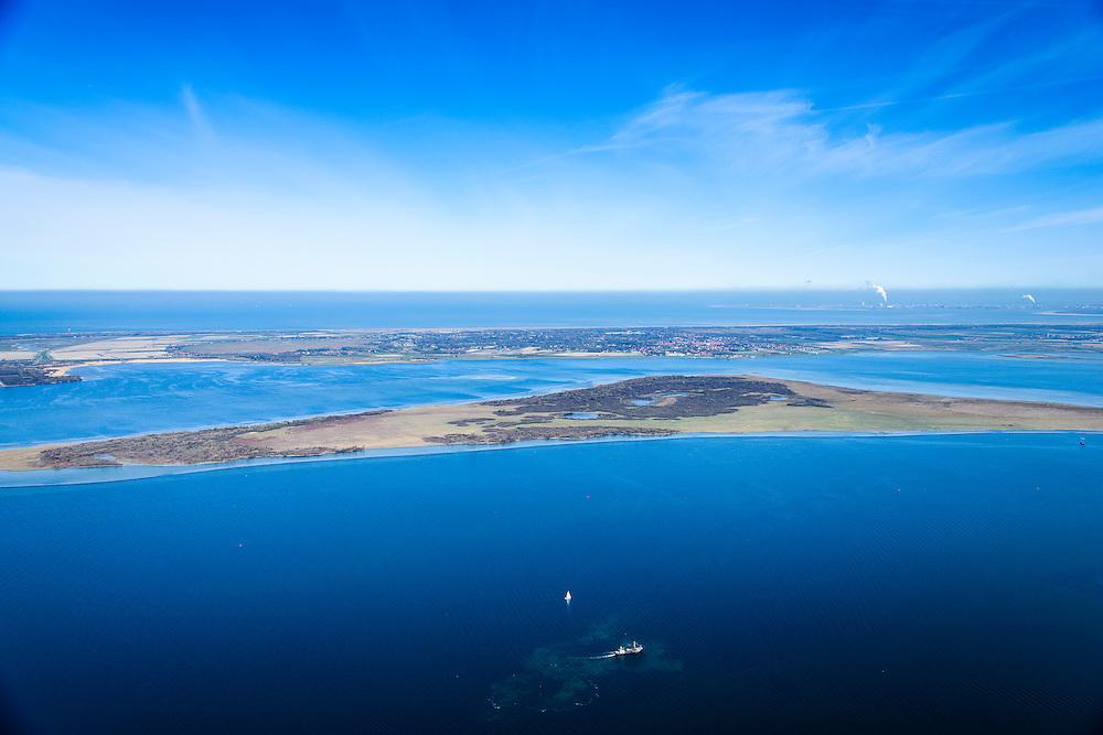 Nederland, Zeeland, Gemeente Schouwen-Duiveland, 01-04-2016; Grevelingen, het grootste zoutwatermeer van West-Europa met ide voormalige zandplaat Hompelvoet, nu eiland. Grevelingenmeer  is ontstaan door afsluiting van de zeearm door middel van de Brouwersdam.<br /> Grevelingen (or Grevelingenmeer) the largest saltwater lake in Western Europe.<br /> <br /> luchtfoto (toeslag op standard tarieven);<br /> aerial photo (additional fee required);<br /> copyright foto/photo Siebe Swart