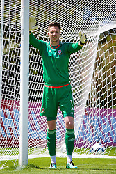 VALE DO LOBO, PORTUGAL - Sunday, May 29, 2016: Wales' goalkeeper Wayne Hennessey during a Wales v Wales training match on day six of the pre-UEFA Euro 2016 training camp at the Vale Do Lobo resort in Portugal. (Pic by David Rawcliffe/Propaganda)