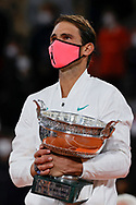 RAFAEL NADAL (ESP) won his 100 th match and his 13 th Roland Garros, celebration with the trophy during the Roland Garros 2020, Grand Slam tennis tournament, women single final, on October 9, 2020 at Roland Garros stadium in Paris, France - Photo Stephane Allaman / ProSportsImages / DPPI