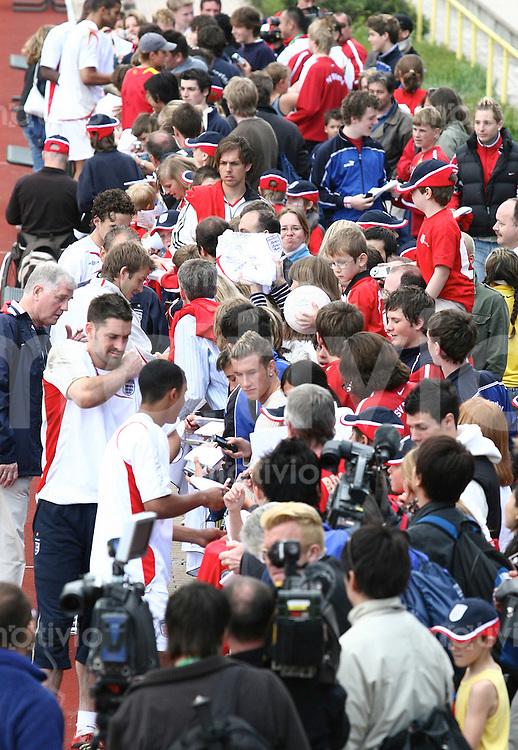 FussballInternational WM 2006 Training England Fans