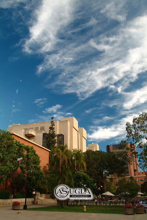ASUCLA Photography Archive -  General UCLA Campus overview and scenic photos. UCLA Campus. University of California Los Angeles, Westwood, California.<br /> <br /> Copyright: ASUCLA
